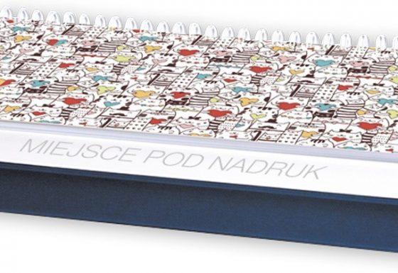 Kalendarz biurkowy z piórnikiem
